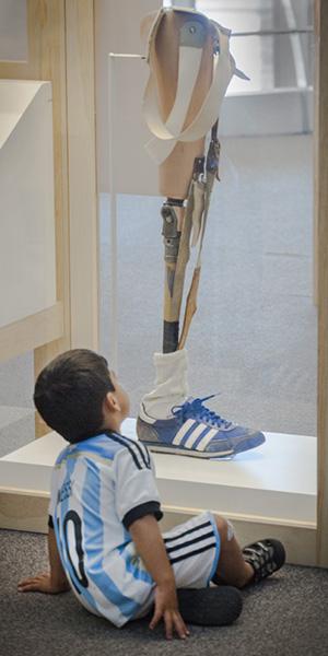 leg-and-child